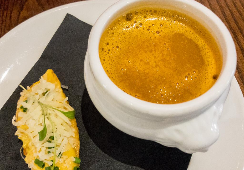Soupe de poussion, rouille & gruyere cheese
